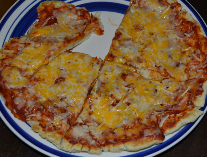 homemade-cheese-pizza